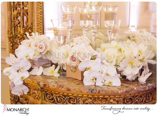 Orchid-roses-french-vintagte-wedding-westgate-hotel