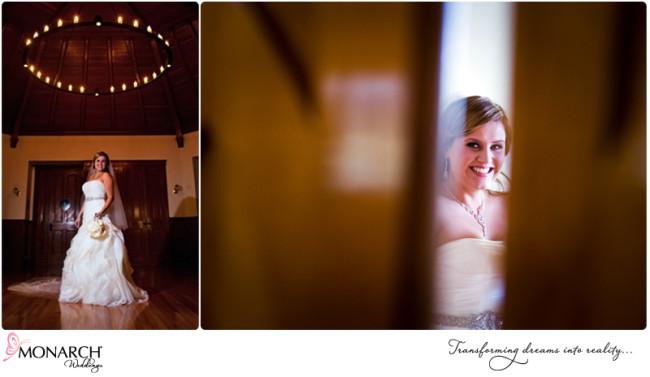 Bride-waits-for-ceremony-peaking-through-door