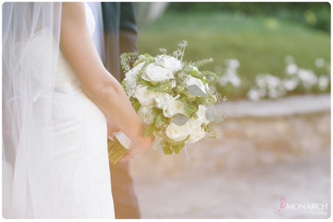 Garden-Chic-Rustic-Wedding-white-Bridal-Bouquet
