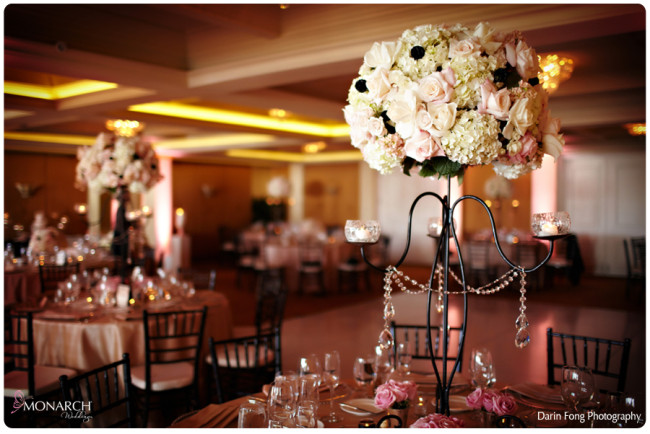 Blush-black-white-wedding-at-La-Valencia-Black-chiavari-chair