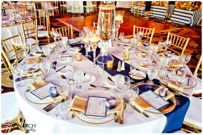 White-linen-blue-runner-Nautical-theme-wedding-hotel-del-coronado