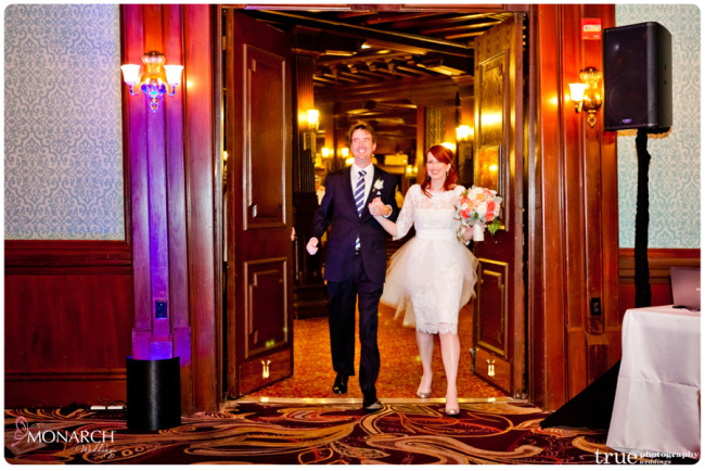 Entrance-Nautical-theme-wedding-hotel-del-coronado