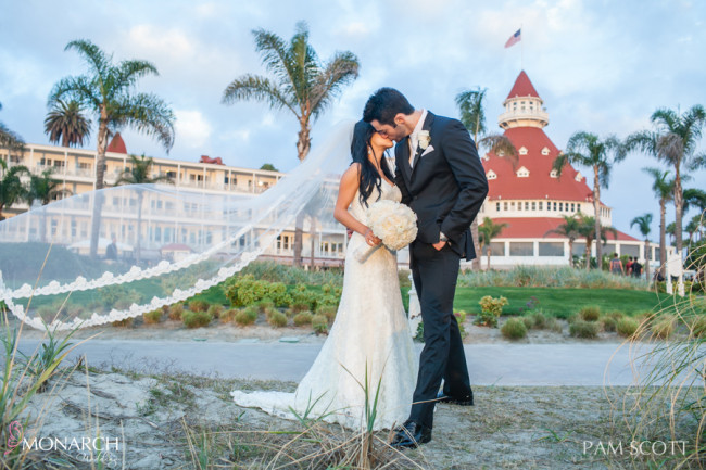 bride-groom-portraits-beach-bridal-veil-hotel-del-coronado-wedding
