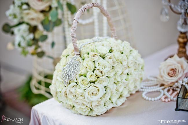 flower-girl-purse-made-from-flower-Great-gatsby-prado-balboa-park-wedding