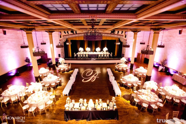 Gatsby-Prado-at-balboa-park-wedding-blush-uplights-gobo