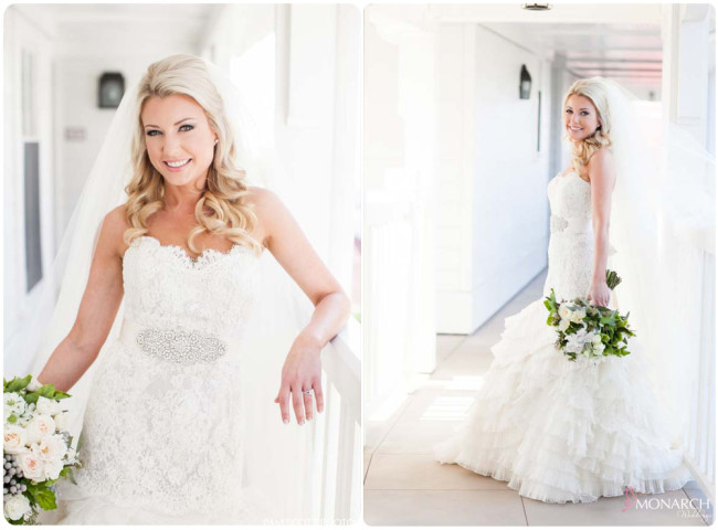 Beaitiful-bride-lace-wedding-dress-garden-white-bouquet-hotel-del-coronado-wedding