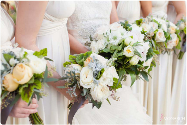Ivory-bridesmaids-dress-garden-roses-white-yellow-bouquets